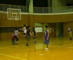 バスケットボールは重い
